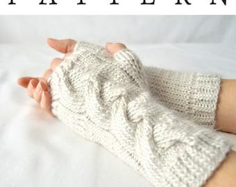 Poney Braid Fingerless Gloves Knitting Pattern