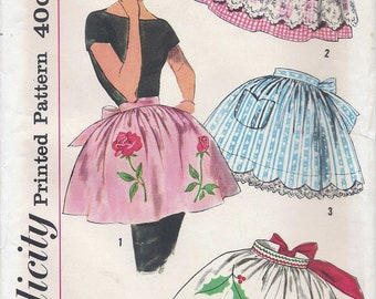 1960s Simplicity 3706 Women's Set of Aprons Sewing Pattern UNCUT