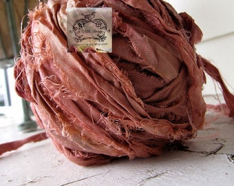 Sari Silk Recycled Ribbon in a Faded Deep Coral Blend