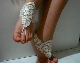 Beach wedding barefoot sandals, bridal barefoot sandal lace barefoot sandals wedding lace sandals with chain claps