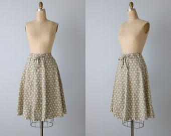 Vintage Wrap Style jupe / jupe portefeuille des années 1980 / Elephant Print / bouton vers le bas de la jupe