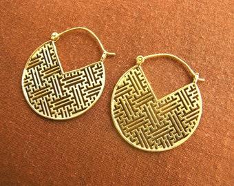 Brass - labyrinth earrings