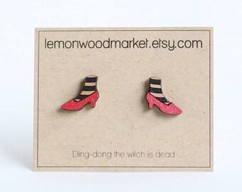 Wicked witch earrings - alder laser cut wood earrings - Halloween earrings - wizard of oz earrings