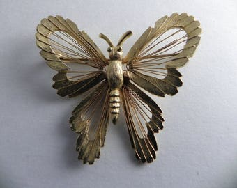 Wire Wrapped Butterfly Brooch, gold Tone