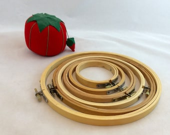 Vintage Wood Embroidery Hoops x 6 Graduated Round Hoops sizes 3 inch to 8 inch hoops