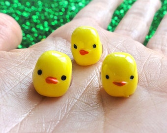 Kawaii Miniature 3D Baby Chicks Resin Cabochon Figurines - 11mm - Yellow - Farm Animals - Birds - DIY - Landscape