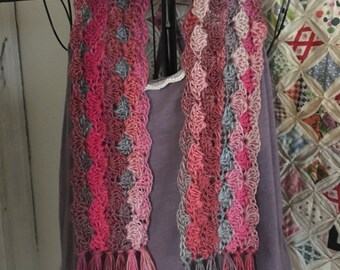 Shell Scarf in Heirloom