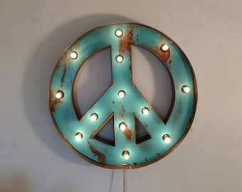 PEACE sign marquee - light up wreath sign - Christmas decor - vintage style marquee sign
