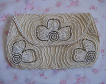 Vintage 1960s Cream Clutch Floral Glass Seed Bead White Gold 60s Evening Purse