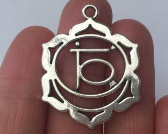 4 Chakra Flower Nabhi /Manipura Charms Antique Silver - CHAK04