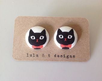 Black cat fabric covered button earrings 1 pair