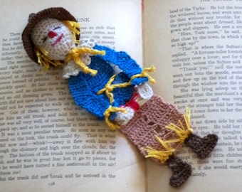 crochet bookmark scarecrow of oz, unique bookmark, decoration, wizard of Oz, readers gift, gift for men, shadow box art, wreath decoration