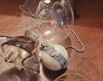 Pendant with waxed pearl welded in silver alloy. soldered jewelry, soldered pendant, pearl, old style, vintage.