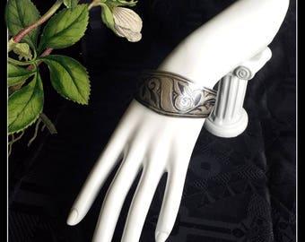 Vintage engraved solid silver cuff bracelet