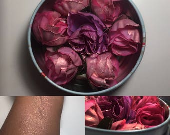 Loose Rose Highlighter in 'Blue Moon Renaissance'