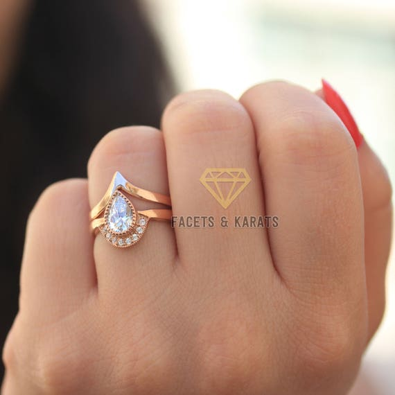 Unique Pear Shaped Engagement Ring Boho Bridal Ring Set V