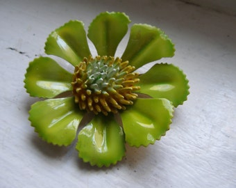 Chartreuse Dogwood Blossom 1960s Enamel Floral Brooch Pin Yellow Green