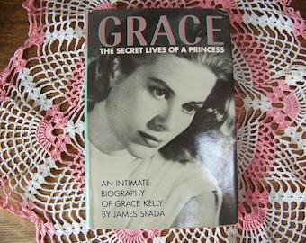 Vintage Grace Kelly Biography 1987 Hardcover Book with Dust Jacket.Princess Grace.1950's Movie Star.Rear Window.To Catch a Thief.Actress