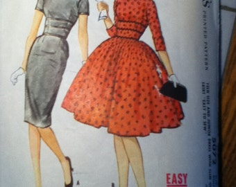 "McCall's Vintage Dress Pattern 5072 Size: 13, Bust 33"",  Waist 25"", Hip 35"""