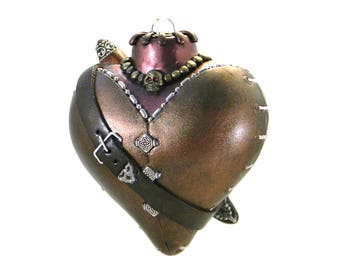 Pirate Steampunk Ornament - Heart Ornament with Cutlass & Skull Necklace