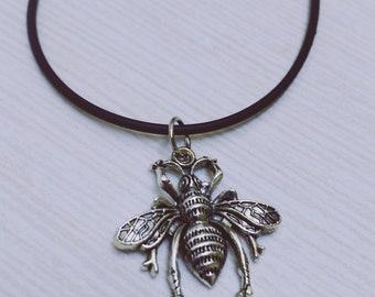 Bee charm necklace necklace, necklace charms, necklace Funkadelic, Gothic pendant necklace large bee, WaSP