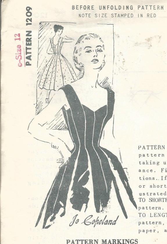 década de 1950 bombshell cóctel cena baile vestido cuello bajo
