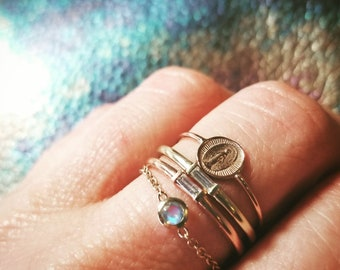 14K Gold Chain Ring, Rainbow Moonstone Ring, Moonstone Ring, Moonstone Rings, 14K Chain Rings, Womens Gift for Women, 14K Gold Stacking Ring
