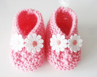 Pink baby booties in wool - Pink Shoes with flowers