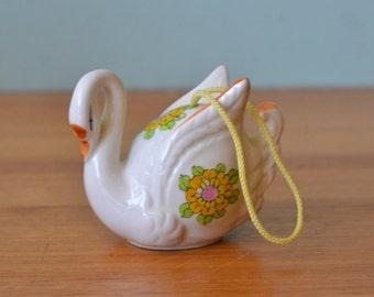 Vintage retro ceramic swan potpourri japan