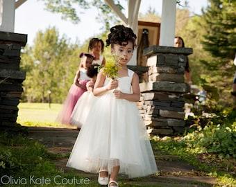 Flower girl dress, ivory flower girl dress, tulle flower girl dress, baby girl dress, adjustable flower girl dress, girls party dress