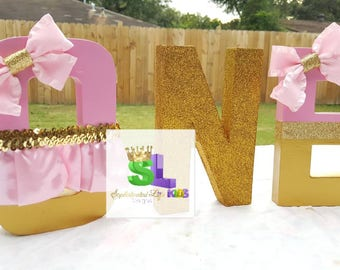 First birthday party,  First birthday, Milestone Birthday, ONE Year old Party, First birthday party, Girls first birthday, ONE name letters