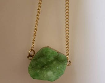 Free shipping! Mint green druzy cryatal/crystal pendant necklace/natural stone pendant