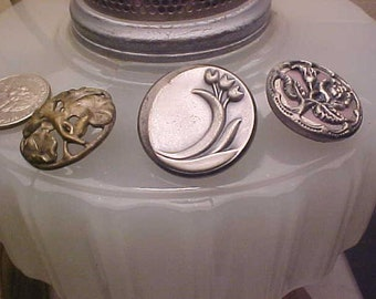 Lot Vintage Metal PICTURE Buttons Lucky LILY of Valley/Floral & Art Nouveau IRIS