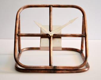 Table clock model simply