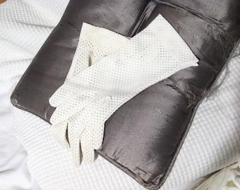 White nylon gloves, vintage 1960s, light weight
