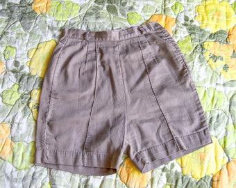 Campus Queen - olive green high waist shorts - 50s 60s shorts - side zipper shorts - 60s bermuda shorts - ribbed shorts - olive mod shorts