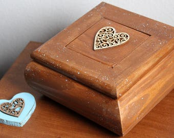 Wooden box, Heart box, Rustic, Farmhouse Style, Home & Living, Home Decor, Gift box, For Her, Country Style, Housewarming, Make Believer