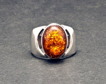 Amber Ring, Mens Sterling Silver Wide Band Ring & Natural Baltic Honey Amber, Solitaire Chevalier Gemstone Unisex Ring, Amber Jewelry