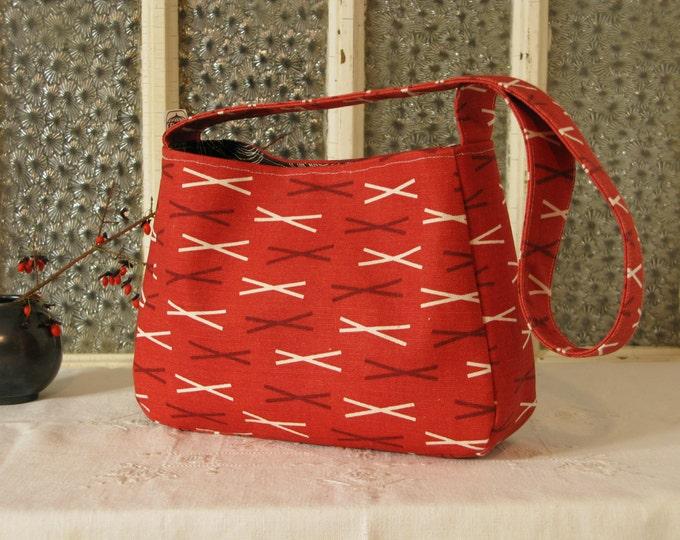 Medium Purse in Red Sticks Pattern