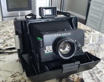 Polaroid EE100 special vintage camera