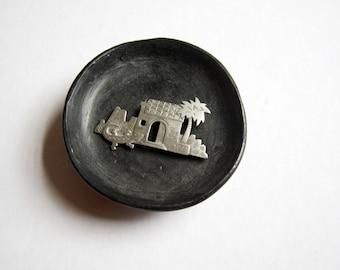 Vintage JJ Brooch - Rare and Retired Original JJ - Jonette Jewellery - Brand Signed 1988 Designer Silver Tone Figural Pin Brooch