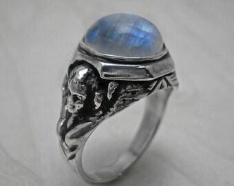 Man ring,Angels silver ring,man signet ring,man silver ring,moonstone ring,angels ring,vintage ring,antique ring,silver ring,signet ring