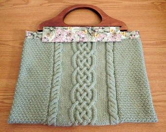 Vintage-Inspired Fully Lined Knit Crafters Tote with Detachable Wood Handles