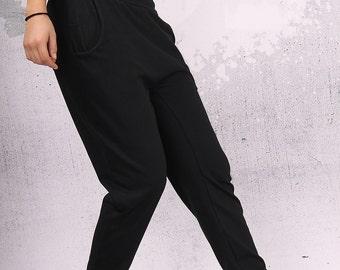 Woman Pants, Black long loose pants with two pockets, extravagant pants - UM-C003-VL