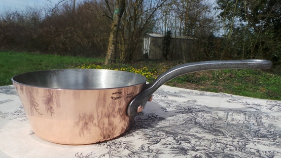 Mauviel Sauteuse Évasée French Vintage Superior Quality Vintage French Pan Windsor Pot 2 + mm 16cm Copper Pan Signature Pan Cast Iron Handle