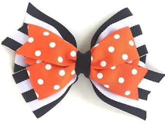 Halloween hair bow - Halloween bows, orange & black bows, girls hair bows, girls halloween bows, toddler hair bows, pinwheel hair bow