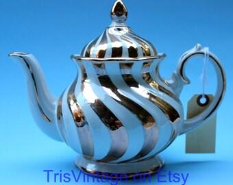 Lustreware ~ Gibsons  ~ Teapot ~ Made in Staffordshire England  ~ Gold on White Swirl ~ Vintage English Teapot ~ Vintage Teapot ~ Lusterware