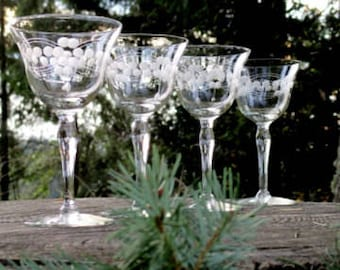 Set of 4 Etched White Wine Glasses - Etched Flower Wine Glasses - Etched Cordial Glasses