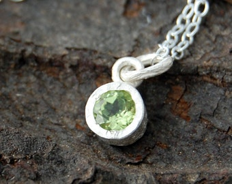 Peridot Pendant, Sterling Silver Necklace, Silver Pendant, Gemstone, Necklace, Dainty Necklace, Simple Necklace, Cute Necklace, Green Stone