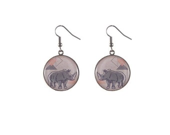 Round rhino image earrings